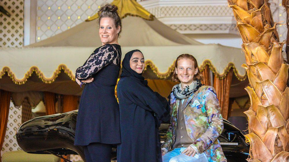 Dust of Soul mit Lubna Al Balushi im Grand Hyatt