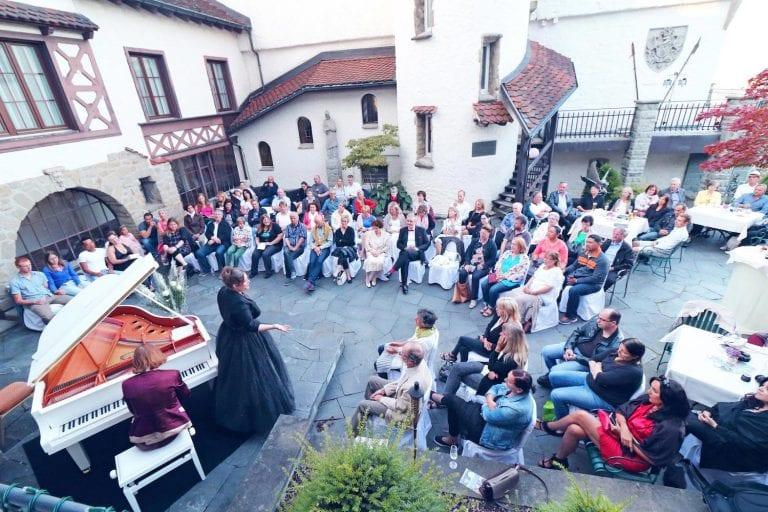 """Dust of Soul Kolumne """"Konzerte anderer Art"""", Luzerner Rundschau"""