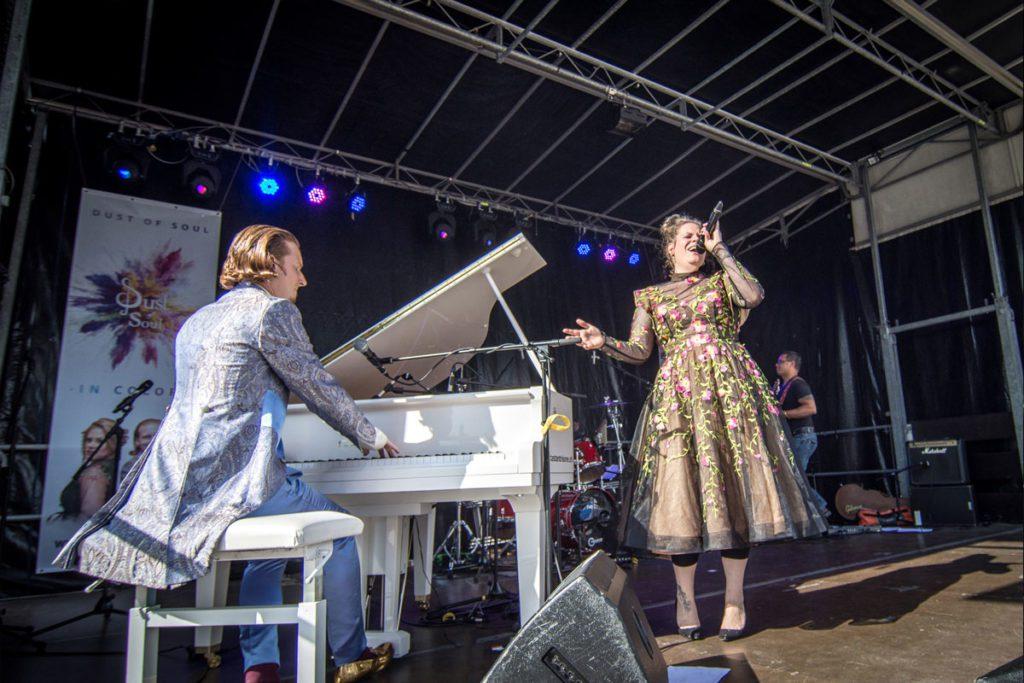 Dust of Soul's 'Opera Pop'-Show am Schlierefäscht 2019