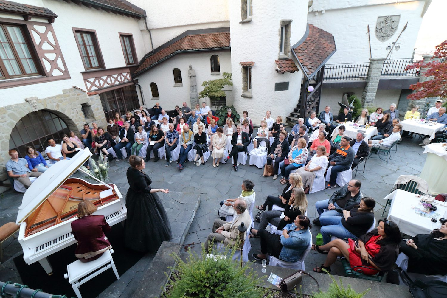 Open Air Castle Garden Concert at Château Gütsch as of 16 July 2016